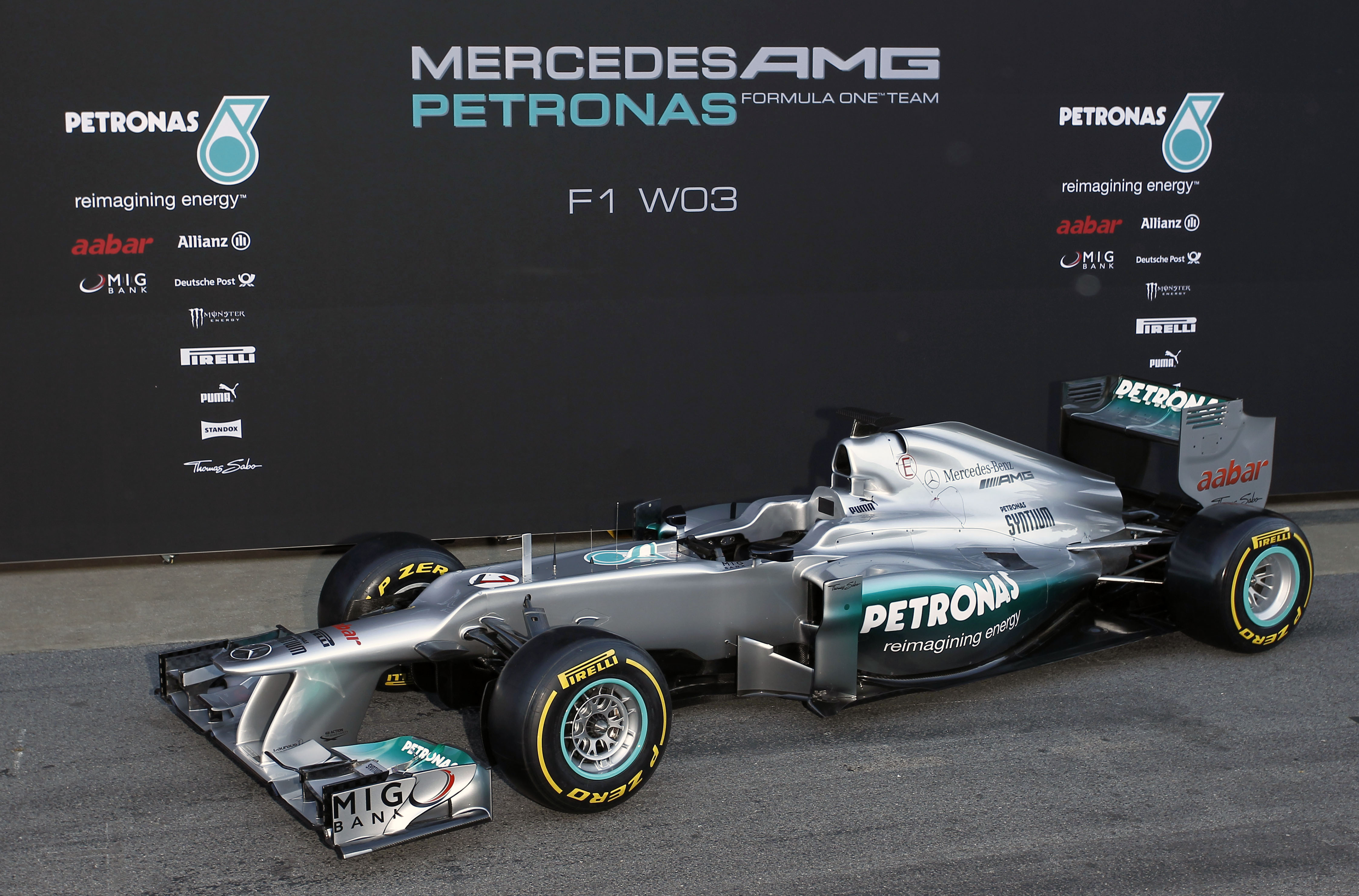 Mercedes Present The F1 W03 Themotorsportarchive Com
