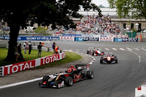 Ocon took two more poles at Pau. © FIA.