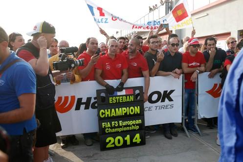 ...as did the rest of the Prema Powerteam squad. © FIA F3 Media.