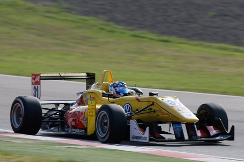 Blomqvist took another FIA F3 win at Imola. © FIA F3 Media.