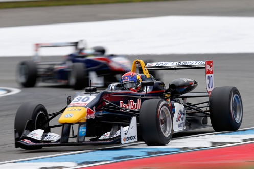 Verstappen took another pole in Hockenheim. © FIA F3 Media Service.