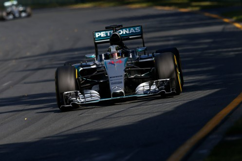 Hamilton stretched his legs ahead of Rosberg. © MERCEDES AMG PETRONAS.