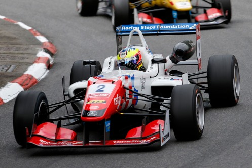 Dennis took win number 2 at Pau today. © FIA F3 Media Services.