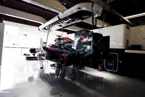 The McLaren Honda MP4-30 of Fernando Alonso in the garage. © McLaren Honda F1 Team.