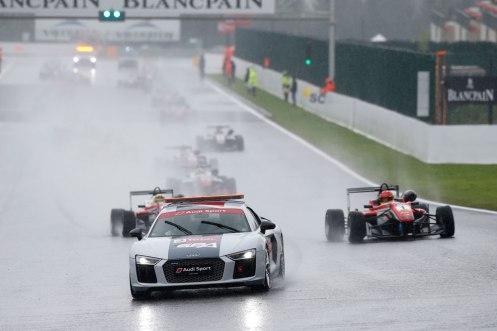 2016-FIA-F3-07-Suer-2148